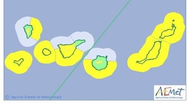 Aviso por oleaje y viento en Canarias