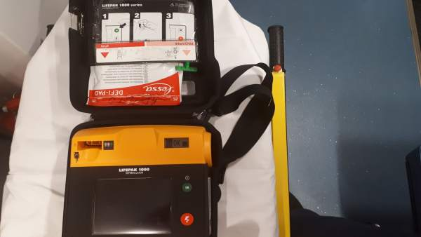Desfibrilador semiautomático (DESA)