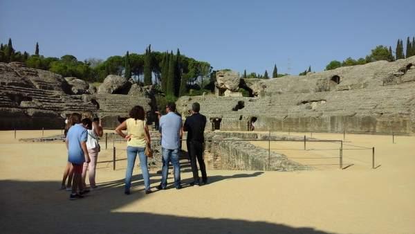 Sector oeste del anfiteatro de Itálica.