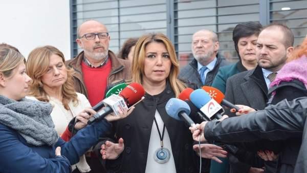 Susana Díaz hace declaraciones a los periodistas