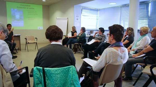 Uno de los talleres organizados dentro de la Escuela de Salud.
