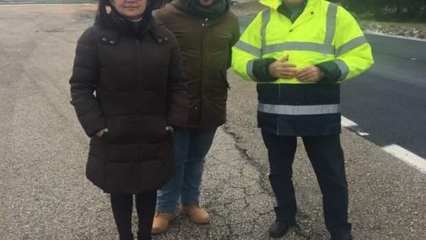 Fernandez España y Montero en la visita a mejoras en carretera