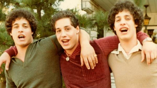 Fotograma del documental Three Identical Strangers
