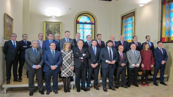 López Miras Posa Con Los Representantes Del Sector Financiero