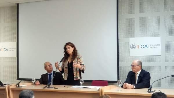 La consejera de Hacienda, María Jesús Montero, en un acto