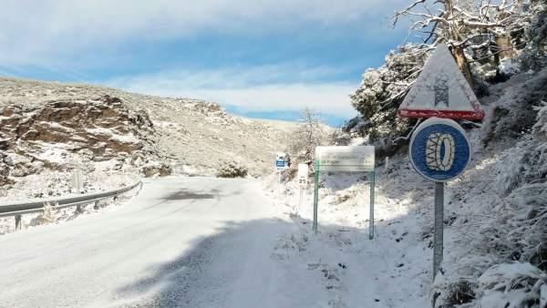 El Plan de Vialidad Invernal de Diputación mantiene cortadas tres carreteras.