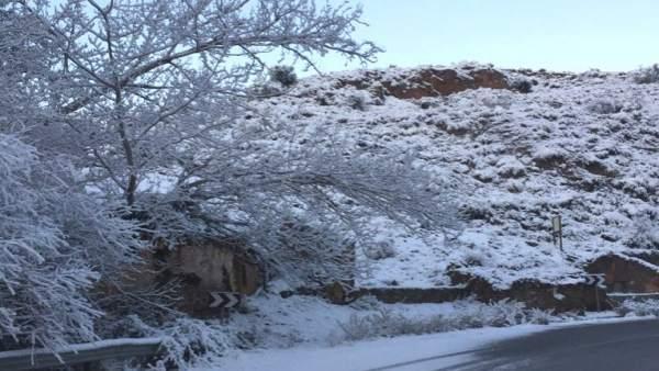 Carretera GR-4105 hacia Purullena