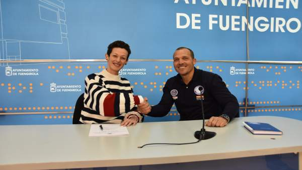 Fuengirola firma un convenio con la Escuela Náutica para promocionar formación