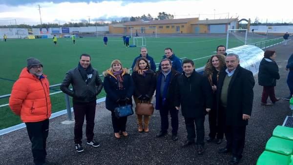 Inauguración del campo de fútbol de Castellar tras su mejora.