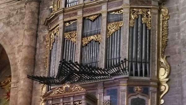 El órgano restaurado de la parroquia de la Santa Creu