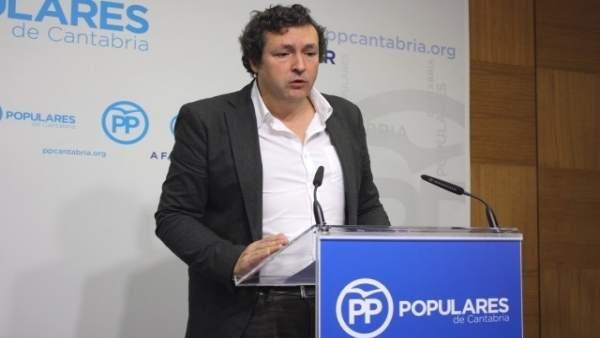 Iñigo Fernández, diputado del PP