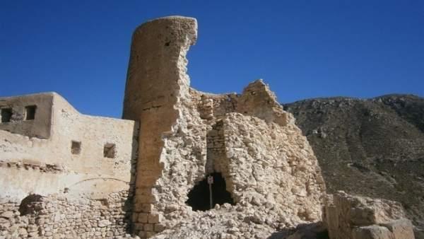 Estado de la torre del Castillo de la Cala de San Pedro