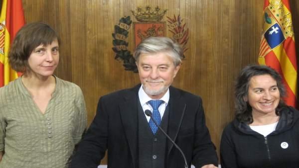 Santisteve, Broto y Artigas, este martes en el Ayuntamiento