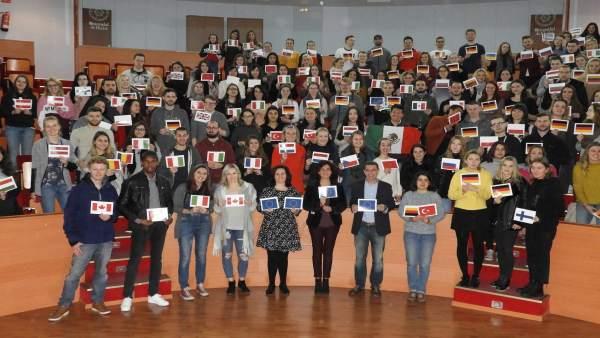 La UHU recibe a 400 estudiantes Erasmus.