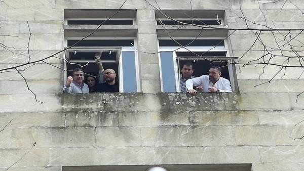 Representantes sindicales encerrados en Xustiza