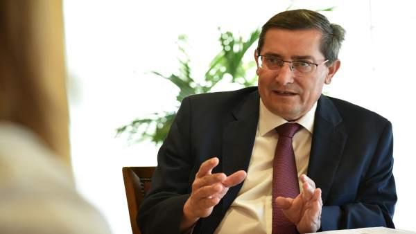 El presidente de la Diputación de Granada, José Entrena