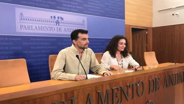 Antonio Maíllo e Inmaculada Nieto en rueda de prensa