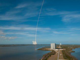 Estela del Falcon Heavy