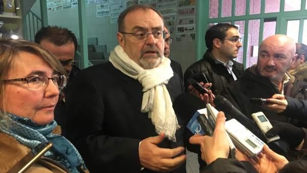 Burgos.-  Fernando Rey atiende a los medios