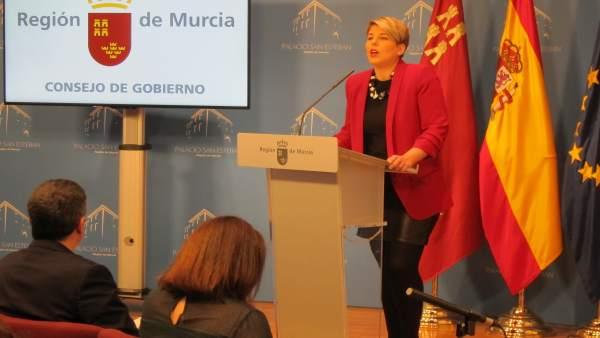 Noelia Arroyo en rueda de prensa Consejo Gobierno