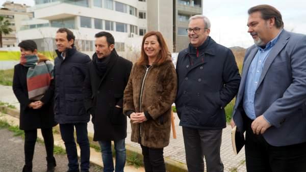 Armengol junto a autoridades ibicencas