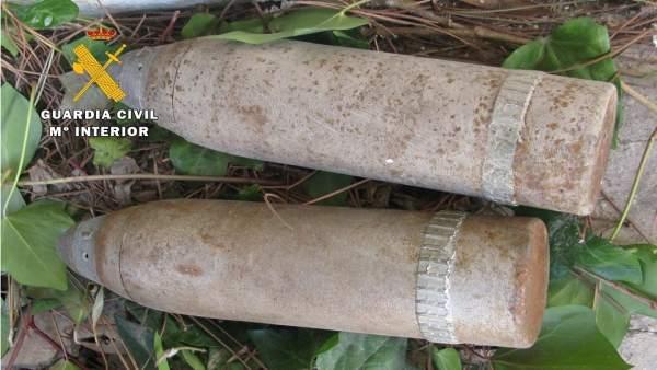 Proyectiles destruidos por artificieros de la Guardia Civil.