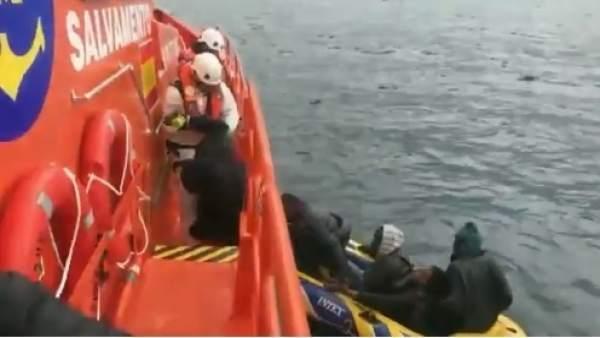 Salvamento Marítimo rescata a seis migrantes