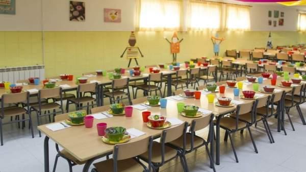PP de Torremolinos comedor escolar preparado niños comer ayudas