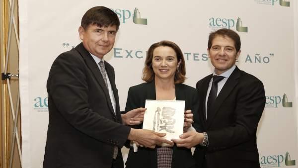 Gamarra con Martín reciben premio en presencia de Pimentel