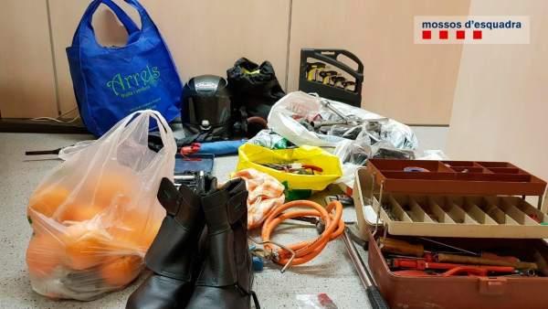 Dos detenidos por 12 robos en furgonetas y en dos pisos de Tarragona