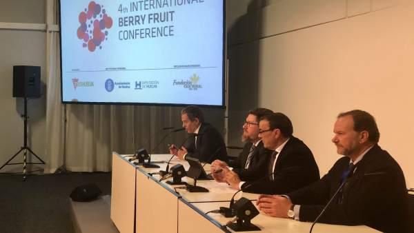 Presentación del Congreso de Frutos Rojos en Fruit Logistica, en Berlín.