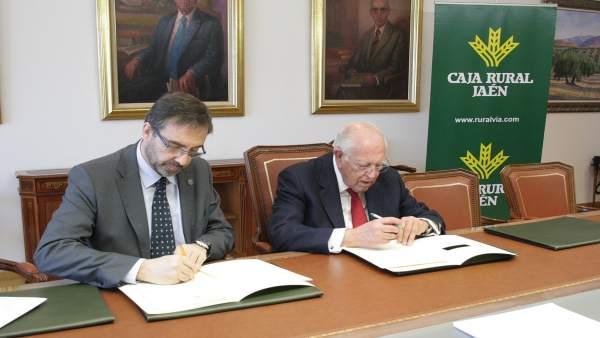 Firma del convenio entre la UJA y Caja Rural de Jaén sobre Predimed Plus