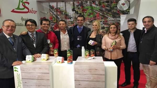 Antonio J. Rodríguez y María López Asensio, arropan al sector en Fruit Logística