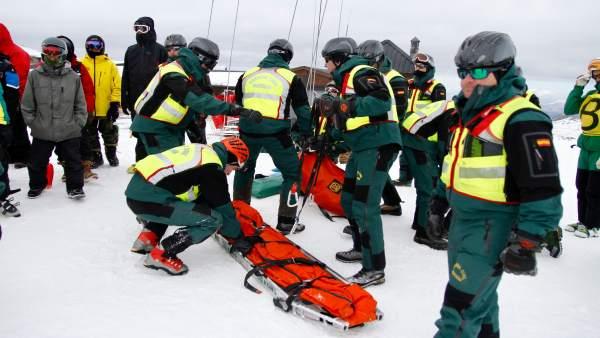Fotogalería: Simulacro De Rescate Tras Avalancha En Sierra Neveda