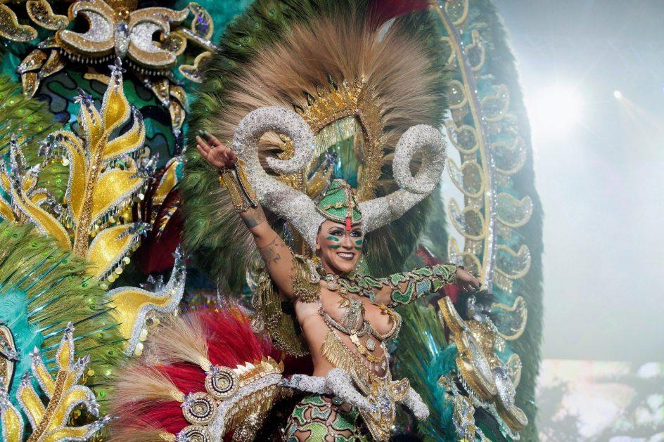 fotos: los vestidos más espectaculares del carnaval de tenerife 2018