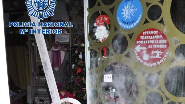Desperfectos en un negocio en El Puerto