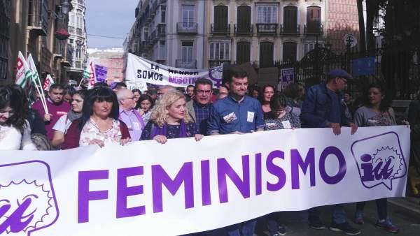 Antonio Maíllo en manifestacion contra violencia de género Málaga