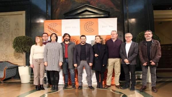Firma del convenio en el Principal de València