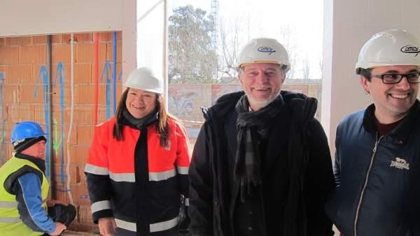 Santisteve, Cubero y la arquitecta han visitado las obras del parque de bomberos