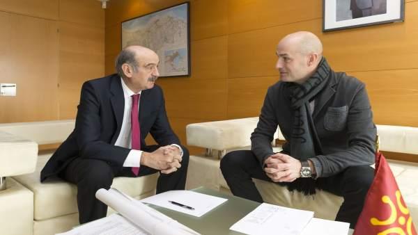 Mazón se reúne con el alcalde de Puente Viesgo