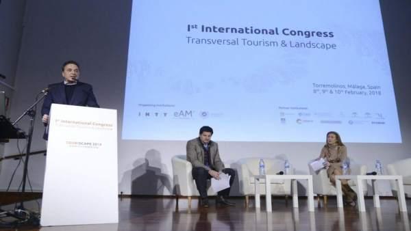 José Ortiz alcalde de Torremolinos touriscape málaga turismo foro paisaje redise