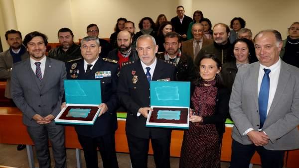 CECA Comercio reconoce la labor de la Policía Local y Nacional.