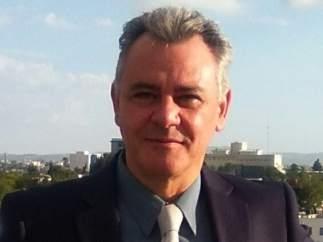 Valentín Martínez-Otero. Doctor en Psicología y Pedagogía. Profesor de la UCM