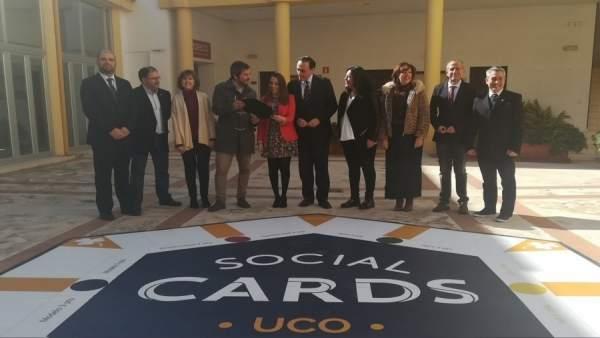 Autoridades en la presentación de 'UCO Social Cards'