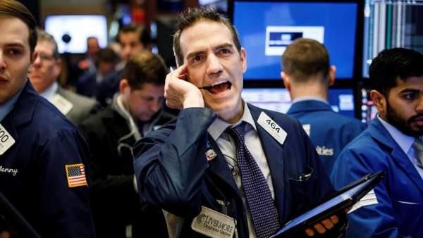 El Dow Jones cae más de un 4% en otro día de fuertes pérdidas en Wall Street