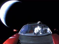 Dónde puede acabar el Tesla lanzado al espacio por SpaceX