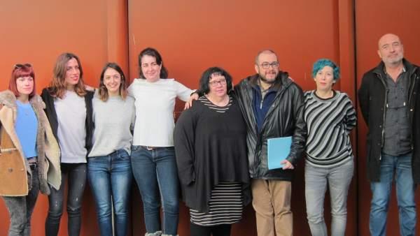 Organizadores y participantes en el 'Big Bang Dones' del MuVIM