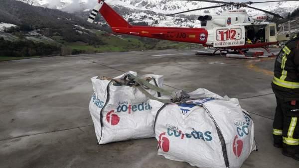 Abastecmiento a Tresviso en helicóptero
