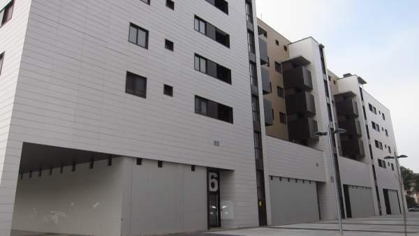 Pisos, viviendas, bloques de pisos, casas, edificios