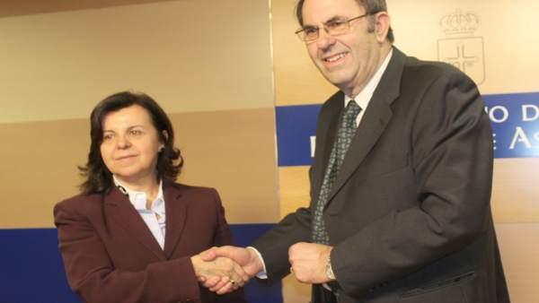 María Jesús Álvarez, a la izquierda